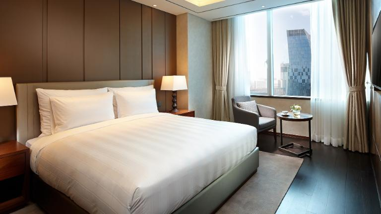 Lotte City Hotel Myeongdong-Rooms-Suite