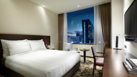 Lotte City Hotel Myeongdong-Rooms-Superior Room