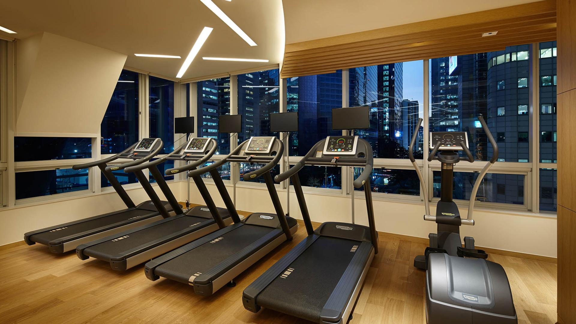 Lotte City Hotel Myeongdong-Facilities-Fitness