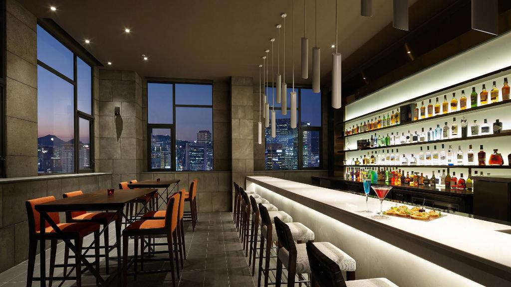 L7 Myeongdong - Dining - Bar & Lounge - Loop Top Bar Floating