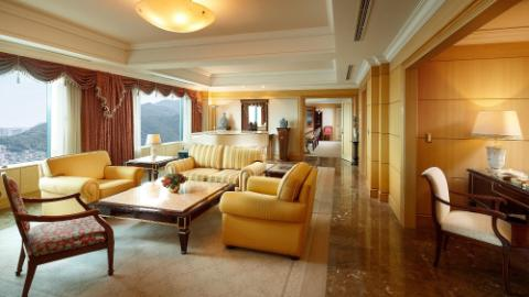 Royal Suite Room 2