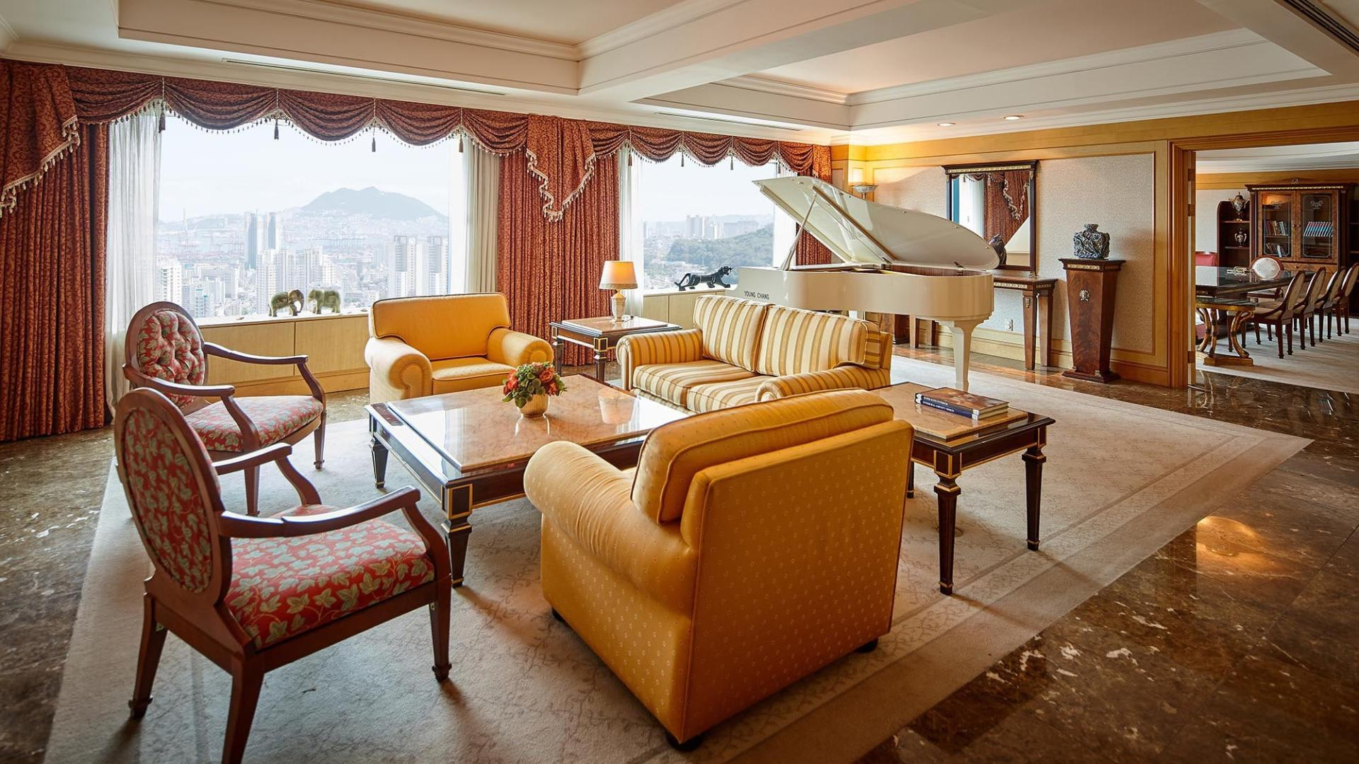 Lotte Hotel Busan-Rooms-Suite-Royal Suite Room