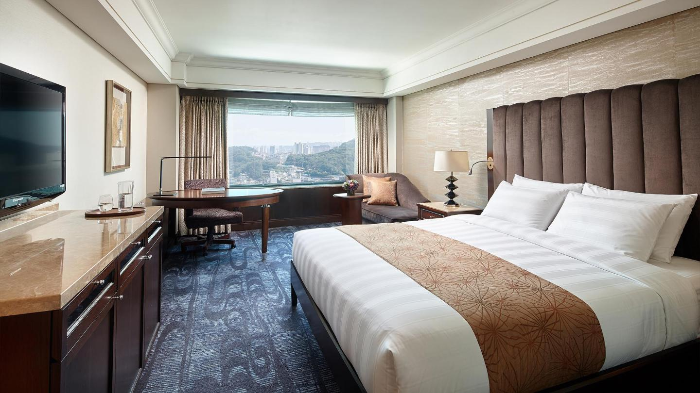Lotte Hotel Busan-Rooms-Suite-Superior Suite Room