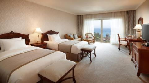 Lotte Hotel Jeju-Rooms-Premier-Premier Room (Ocean View)