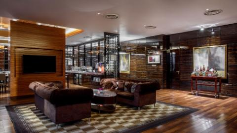 Lotte Hotel Moscow-Rooms-Club Lounge