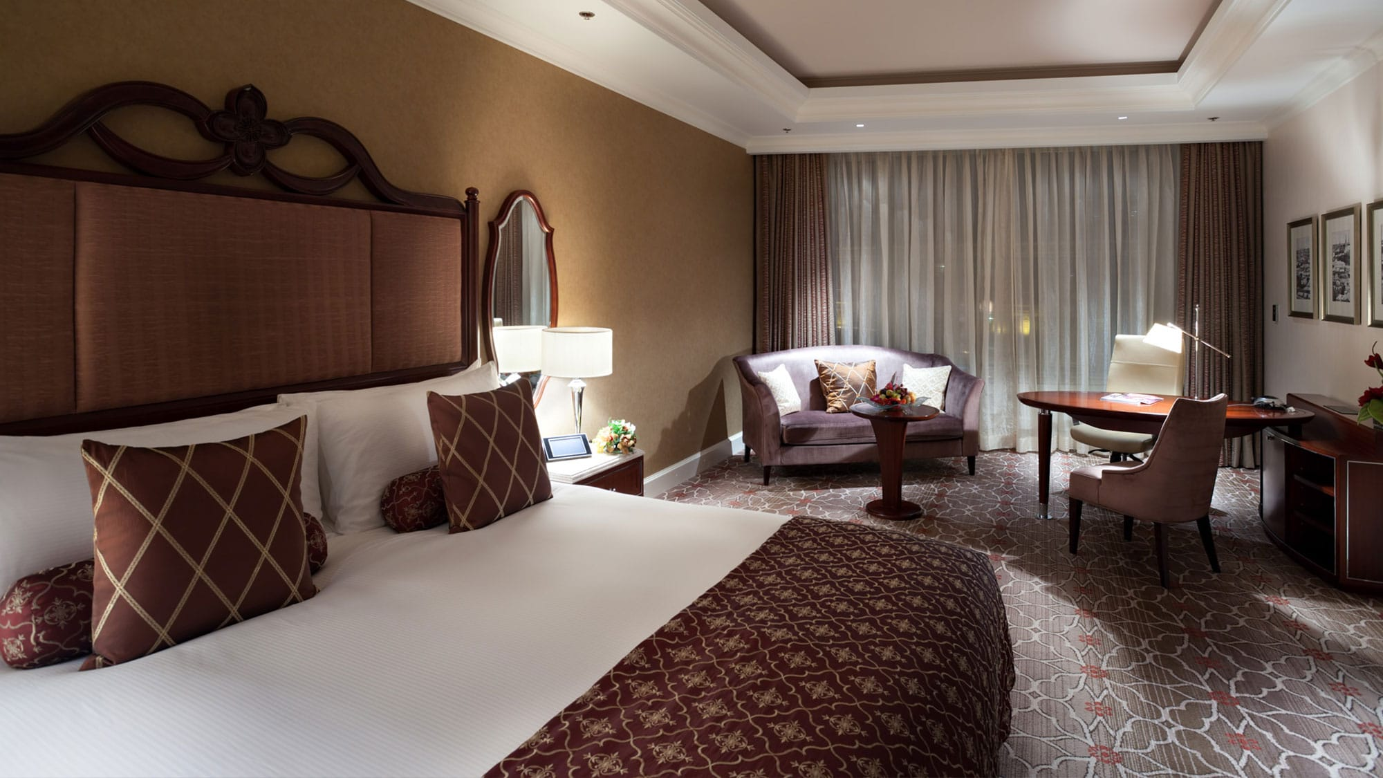 Lotte Hotel Moscow-Rooms-Standard-Deluxe Room