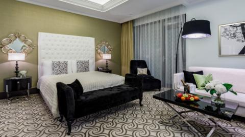 Lotte Hotel Moscow-Rooms-Suite-Atrium Suite Room