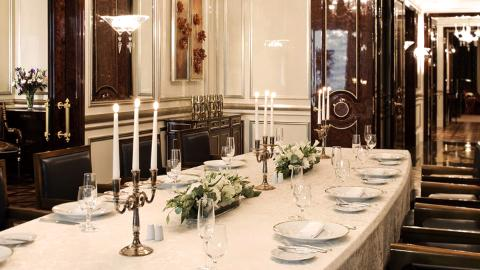 Royal Suite Table