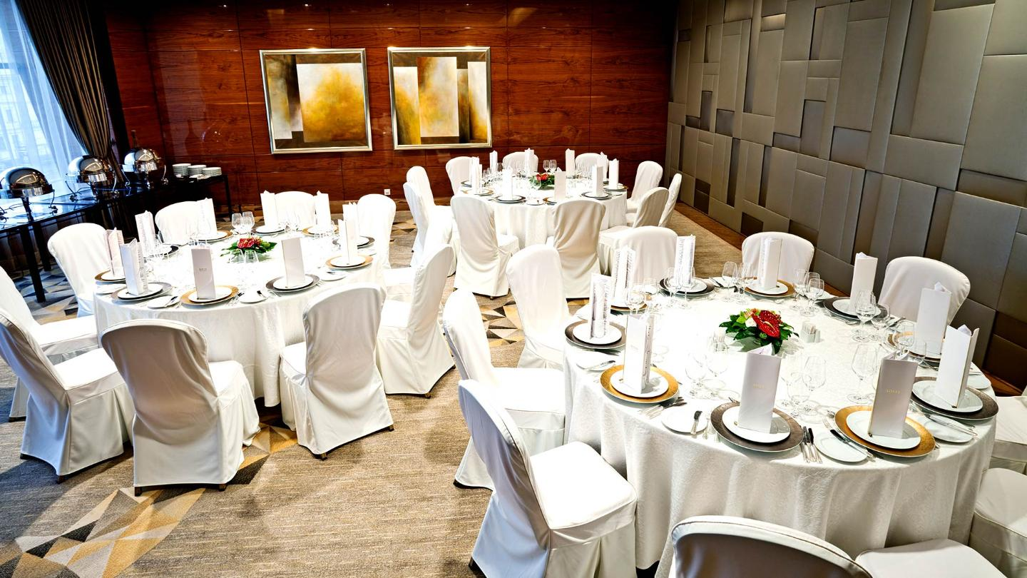 Lotte Hotel Moscow-Wedding&Conference-Hotel Wedding-Sapphire & Emerald