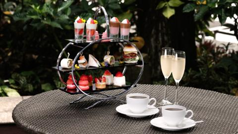 Strawberry High Tea