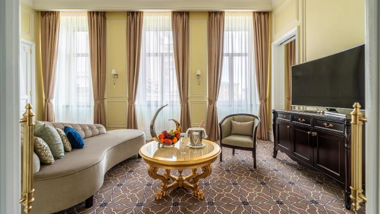 Lotte Hotel St. Petersburg - Rooms - Suite - Deluxe Suite