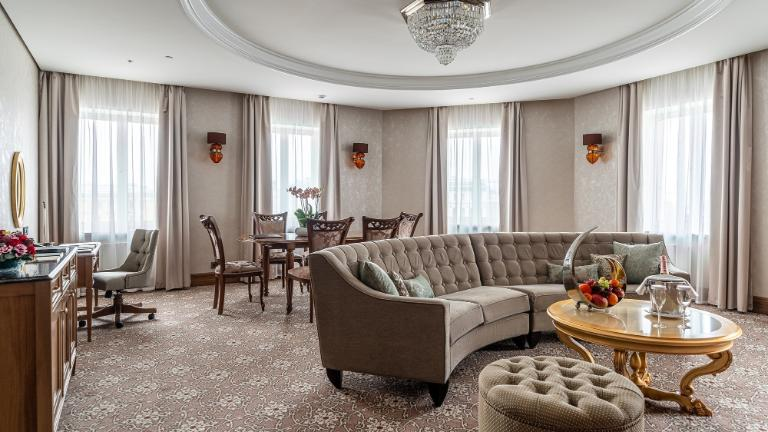 Lotte Hotel St. Petersburg - Rooms - Suite - Premier Suite