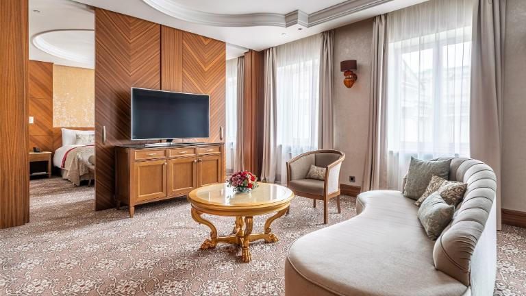 Lotte Hotel St. Petersburg - Rooms - Suite - Superior Suite