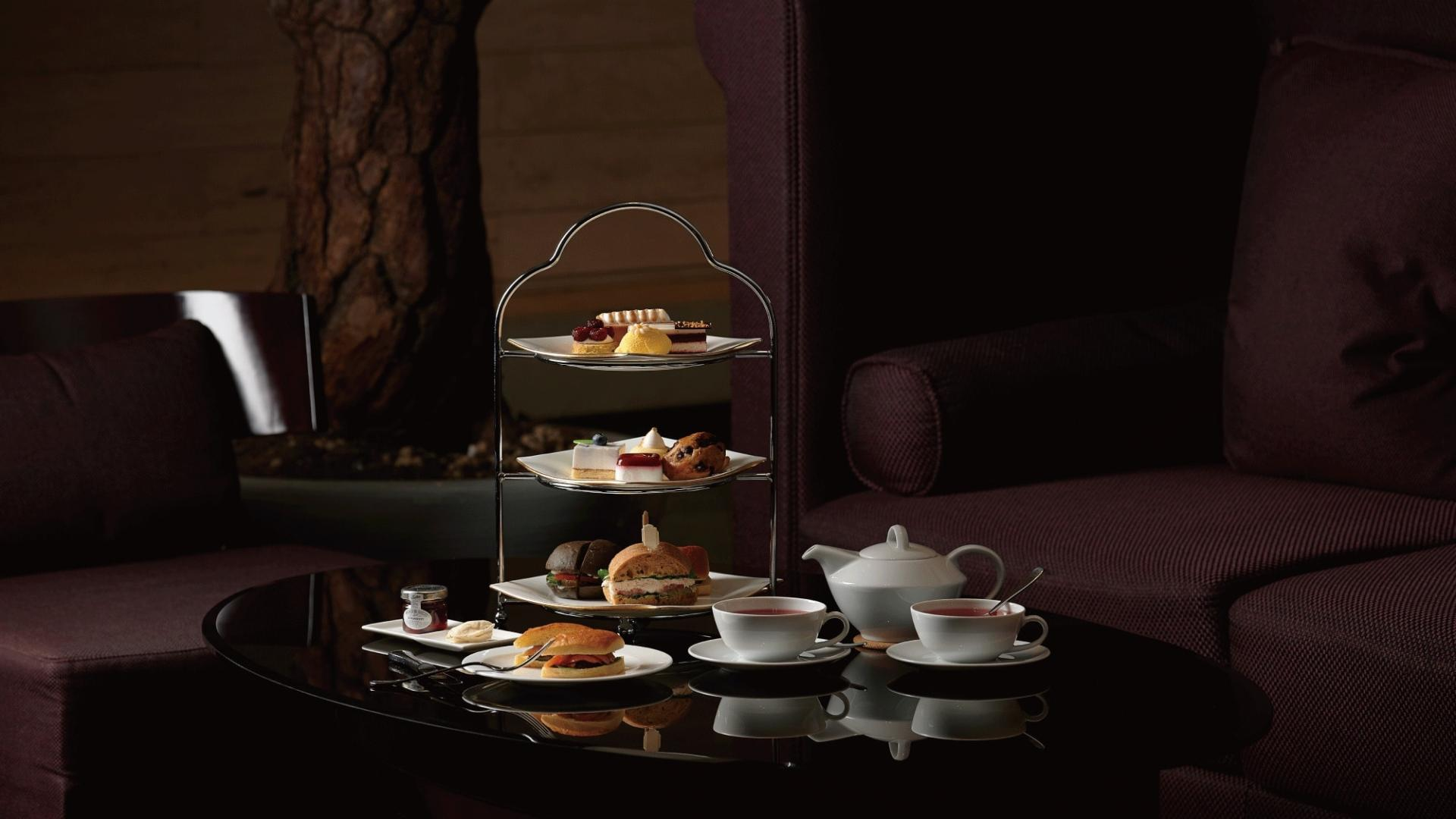afternoon tea set, lounge
