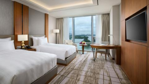Lotte Hotel Yangon-Room-Club Floor-Deluxe Room