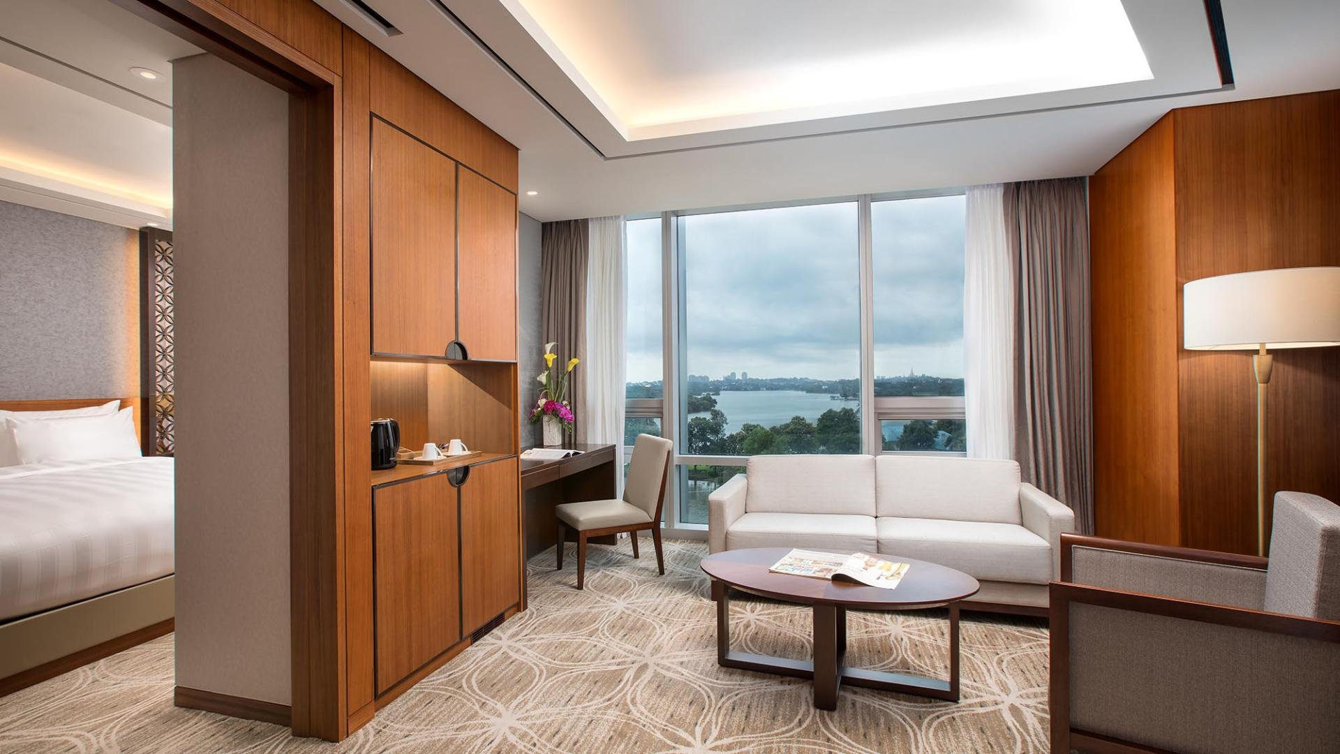 Lotte Hotel Yangon-Room-Suite-Club Floor Junior Suite Room