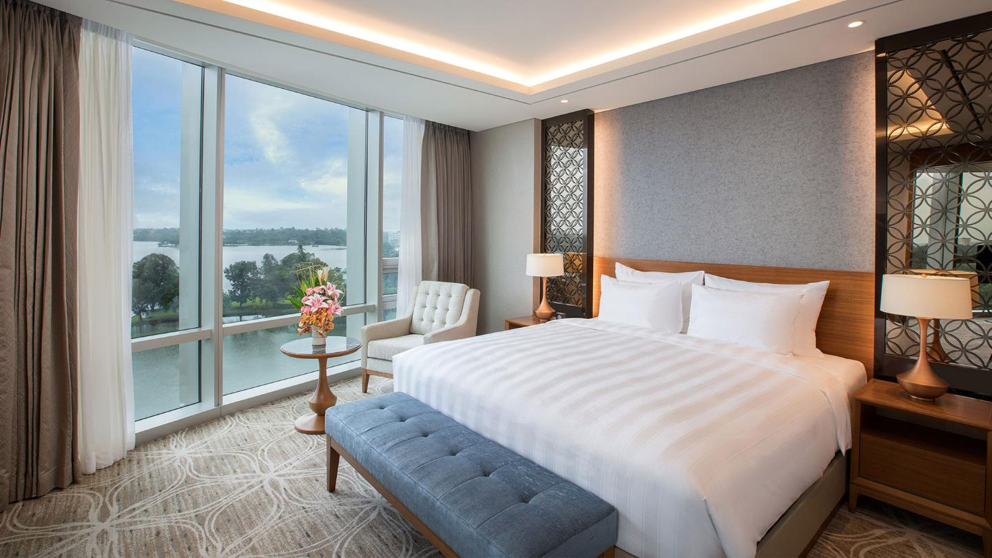Lotte Hotel Yangon-Room-Suite-Club Floor Superior Suite Room