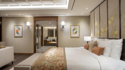Lotte Hotel Yangon-Room-Suite-Royal Suite Room
