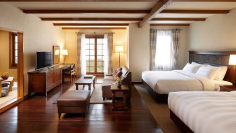 Lotte Arai Resort Deluxe Suite Room