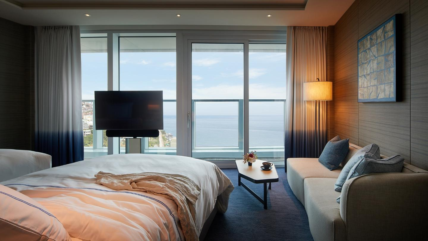 Signiel Busan-Rooms-Premier Room