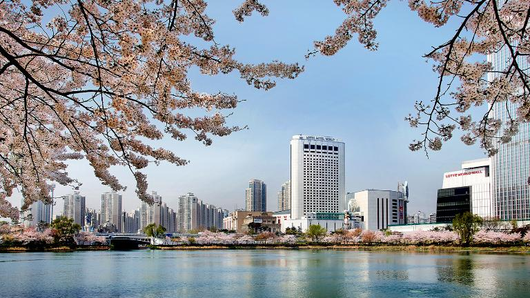 signielseoul, Tourist Attractions, Seokchonhosu Lake