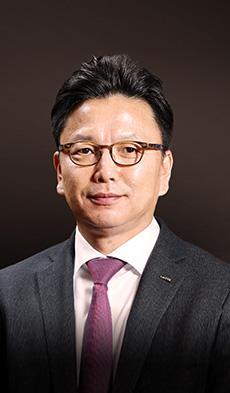 LOTTE HOTELS & RESORTS ABOUT LOTTE CEO Greeting